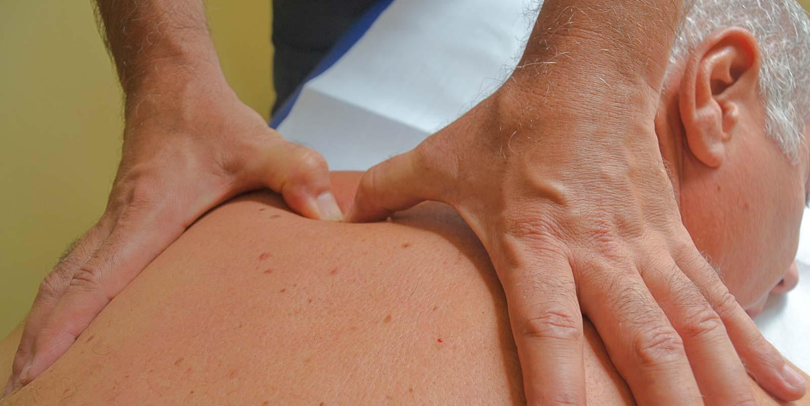 Un trattamento per dire addio al peso su spalle e collo, con utilizzo del Metodo Grinberg - Andrea Gandini Operatore specializzato a Torino